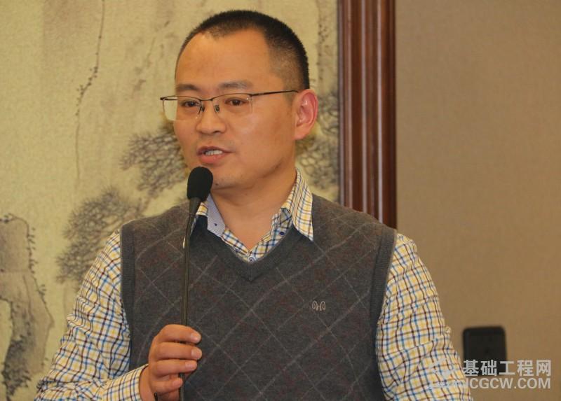 共谋发展大计 推动行业稳健发展--桩工机械分会2017年度理事会会议于浙江瑞安顺利召开