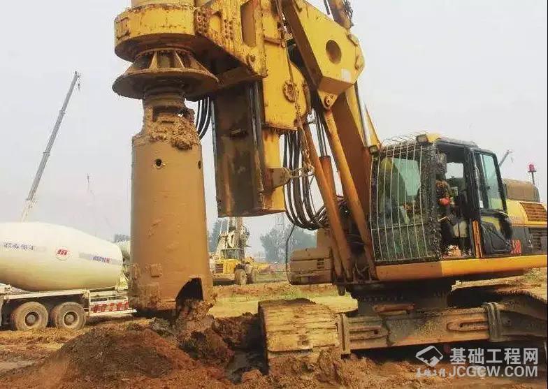 旋挖钻施工如何埋设钢护筒