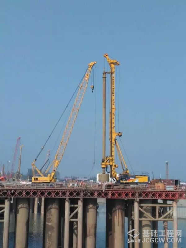 创纪录!徐工XR550D旋挖钻机施工桩深达143m!