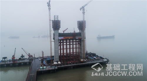 瓯江北口大桥南塔下横梁浇筑完成!下一步将全面进入上塔柱施工阶段